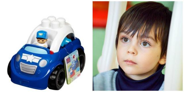 Chłopiec i zabawkowe autko