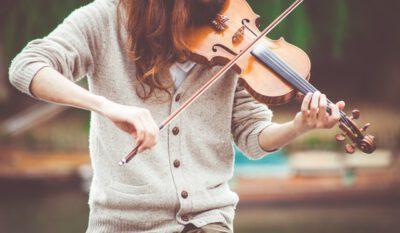 Dziecko i skrzypce
